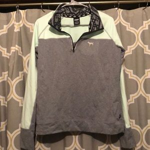 Women's Pink work out fleece pull over.